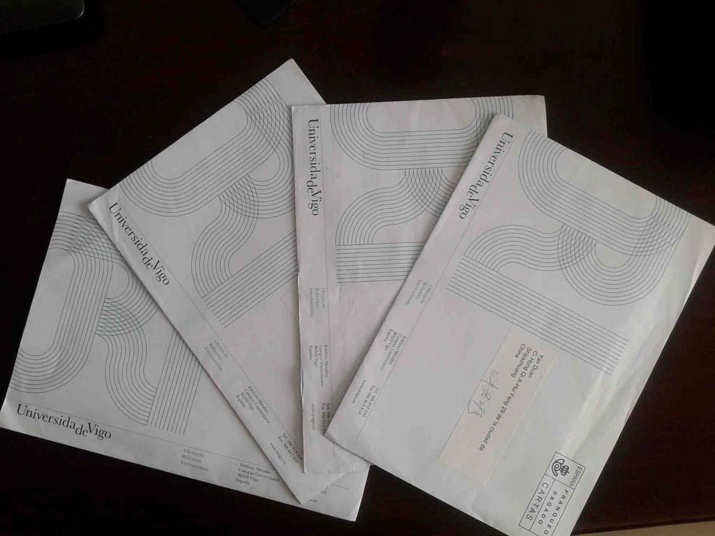 西班牙维戈大学录取通知书